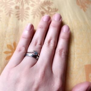 石付のほうは奇跡の指輪!震災で無くしたと思った指輪、捜しても見つからなかったのに、引越の時に6年ぶりに出て来ました!