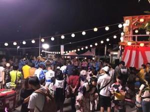 相馬盆唄の地元、南相馬市小高区の夏まつり。大勢の人が盆踊りを楽しみました。