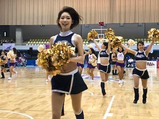 バスケットボールチーム「山形ワイヴァンズ」のチアチーム「ワイヴァンズチア」も踊り終わったら走るのです!