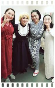 今回の出演者4人 ヽ(*´∀`)ノ 「楽屋 ~流れ去るものはやがてなつかしき~」というお芝居を上演しました。