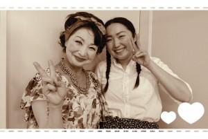 ☆おまけ☆ 先週末の舞台本番。 楽屋での一枚。 写真左は、なんとシャイニーモーニング火曜日の木川義子さん!! 朝のイメージと違うでしょ??