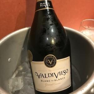 これは確か何度目かの「ラジピタ会」に差し入れたスパークリングワイン。