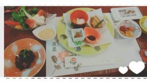 何年か前に行った旅館の朝食。こんなにおかずがあったら、ごはん、お替りしちゃうよね~( ´艸`) 朝食バイキングだったら、ご飯(和食)とパン(洋食)とりあえず両方いただきます (`・ω・´)キリッ