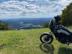 バイクと秋の空