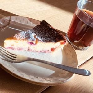 その直前の料理教室で作ったベリーの入ったチーズケーキ♪頂いちゃいました〜^^美味しかった!